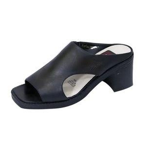 Peerage Black Cutout Leather Sandal